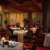 Contemporary-Interior-Design-of-Picasso-Restaurant-at-Bellagio-Resort-Las-Vegas-620x489