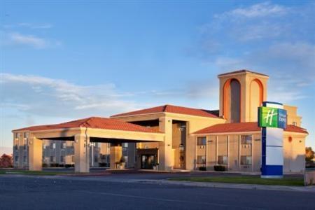 Holiday_Inn_Express_Lake_Powel_Page-Page-Arizona-baef0893258a43d6963b907e9ffb9d0f