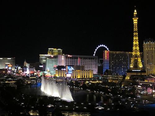 vue sur les fontaines nuit