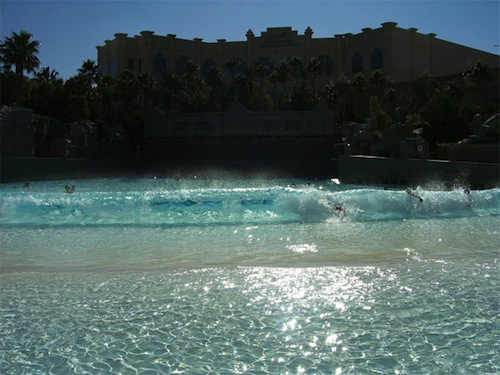 Piscine-à-vague-Mandalay-Bay