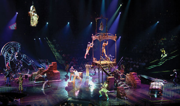 entertainment-cirque-LOVE-590x350