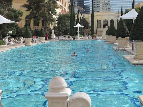 baignade à 18H au Bellagio