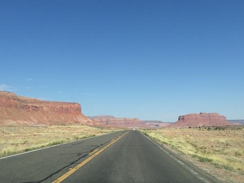 Approche de Monument Valley