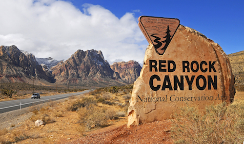red_rock_canyon_road_sign